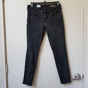 GAP 1969 Legging Jeans in Faded Black